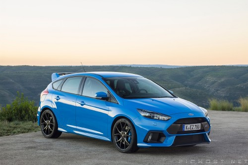 2016-Ford-Focus-RS-front-three-quarter65af8.jpg