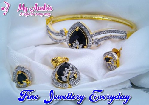 fashion-jewelry-online-shopping.34be10a63c15adc2.jpg