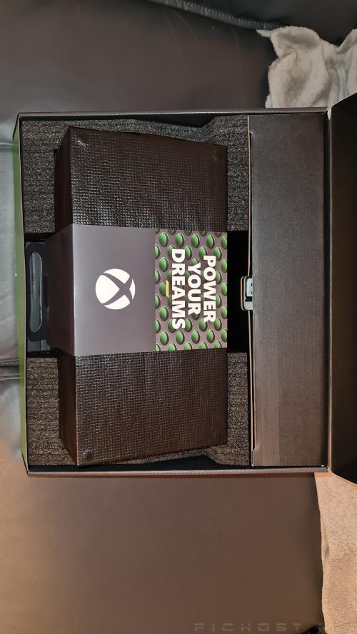 Microsoft Xbox Series X : Box Opened - Retail Images