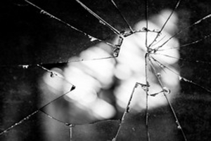 11-6-20-broken-window1-300x201eaddc95170b79a39.jpg