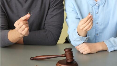 Divorce-Lawyers-In-Peoria-Il1881f837299a6bb3.jpg