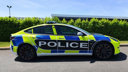 Tesla-Model-3-police-car-profile10f74c7560ab3187.jpg